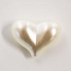 Herz - 3D Herzen creme 2cm  36Stk
